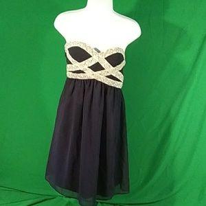 Gianni Bini medium navy/white embellished dress